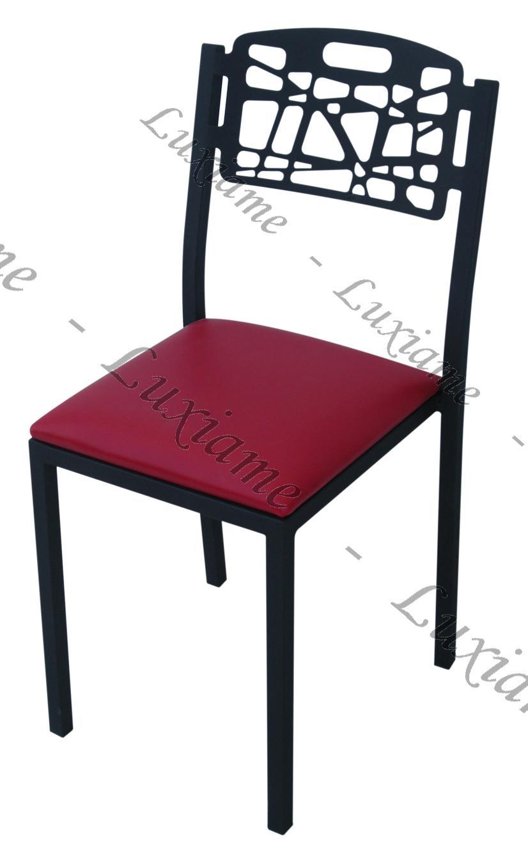 escabeau avec porte outil tunisie patin anti vibration tunisie table cuisine tunisie chaise. Black Bedroom Furniture Sets. Home Design Ideas
